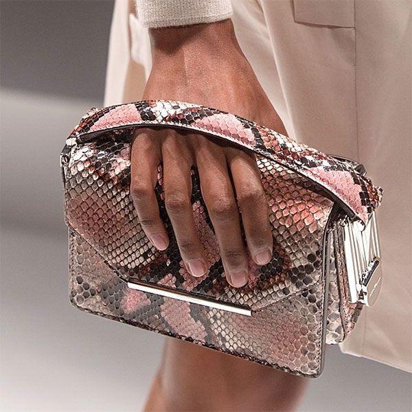 Miss Margaret Cruzemark : Rich girls shop paeonias : my favorite instagram fashion/lifestyle pics