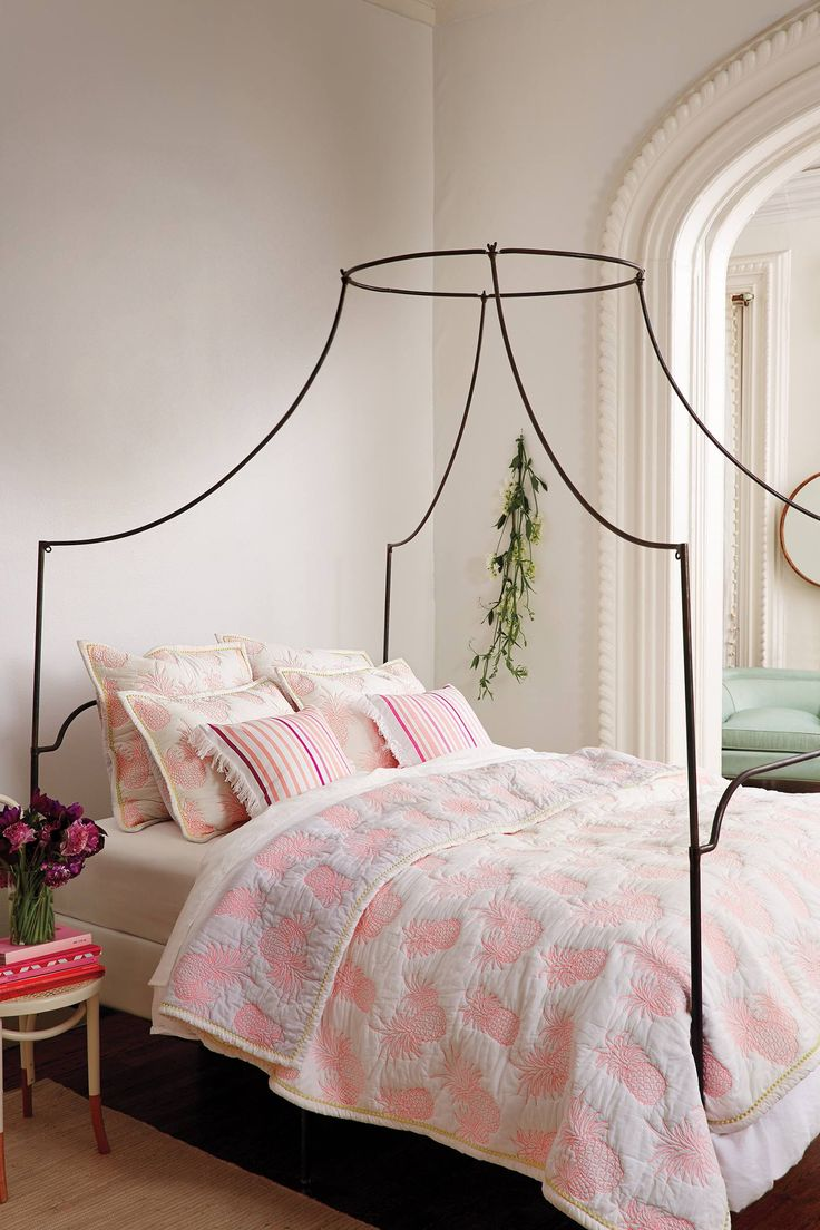 Charming Amina Coverlet   Anthropologie.com #anthrofave Idea