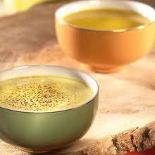 gember en kerrie zorgen voor een frisse en pittige toets in deze eenvoudig te bereiden soep.  Een aanrader waarmee u kleur en exotisme brengt in uw dagelijkse...