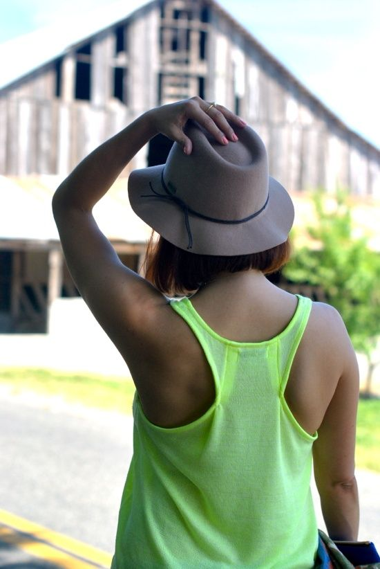 How to fix large armholes on a lose tanktop!