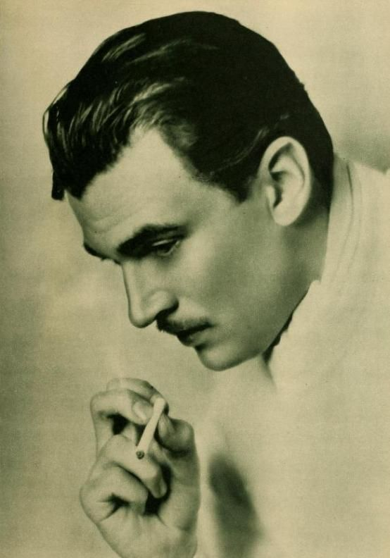 Walter Pidgeon by Elmer Fryer from September 1930 issue of New Movie Magazine. Click through for full biography of Pidgeon.