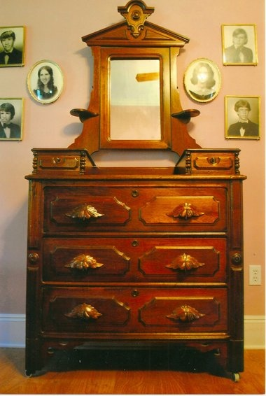 American cottage bedroom furniture