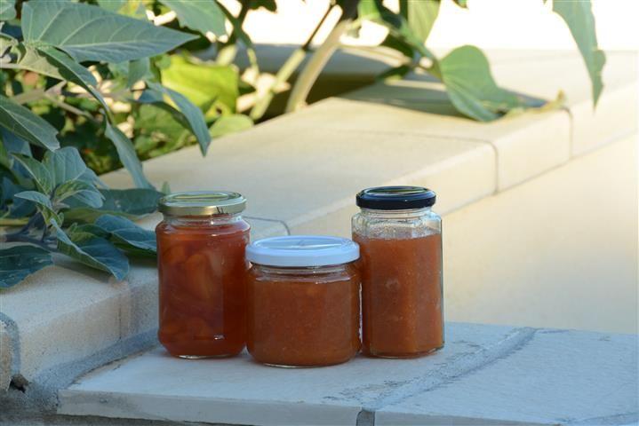 Confituur van perzik, abrikoos en nectarine