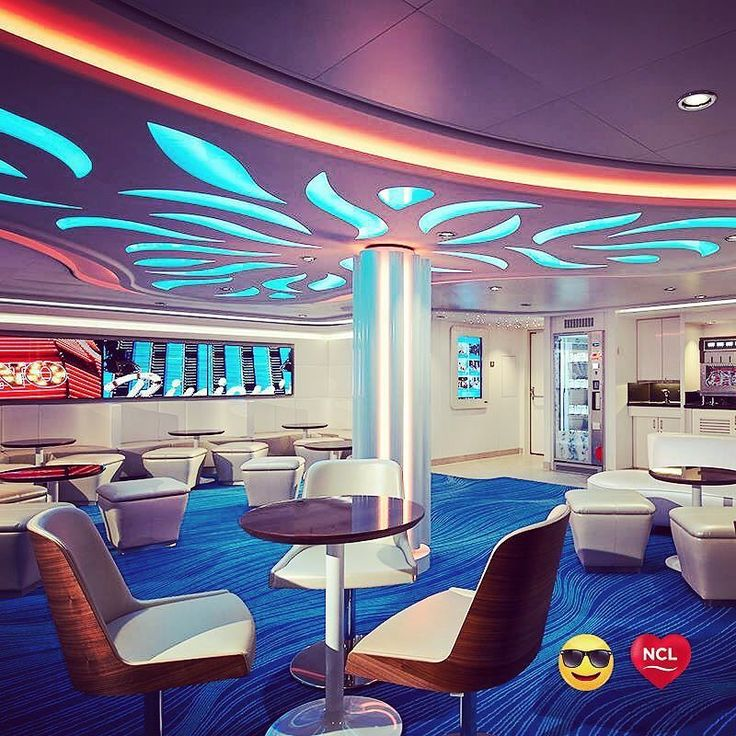 Les croisières Norwegian Cruise Line à découvrir chez Seagnature | Emoji Tip of the Day: Single & ready to mingle? Check out our studio rooms & lounge perfect for the solo cruiser!  #EmojiTipTuesday by norwegiancruiseline https://www.instagram.com/p/BGFW-2gIqMa/ #croisière #vacances #voyage #cruisenorwegian #norwegiancruiseline #bateau