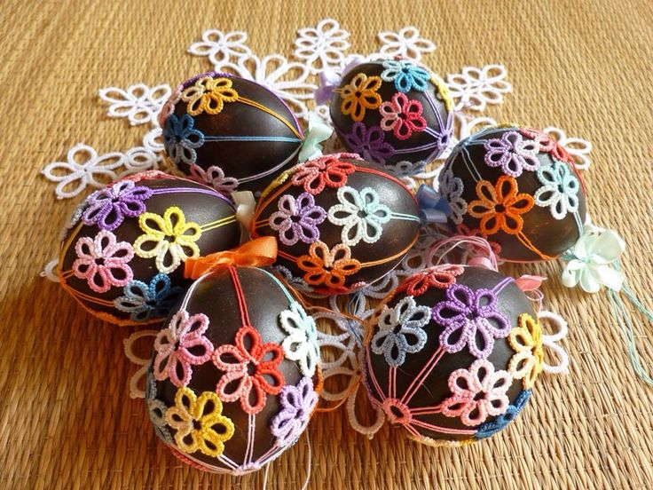 Tatting Easter Eggs