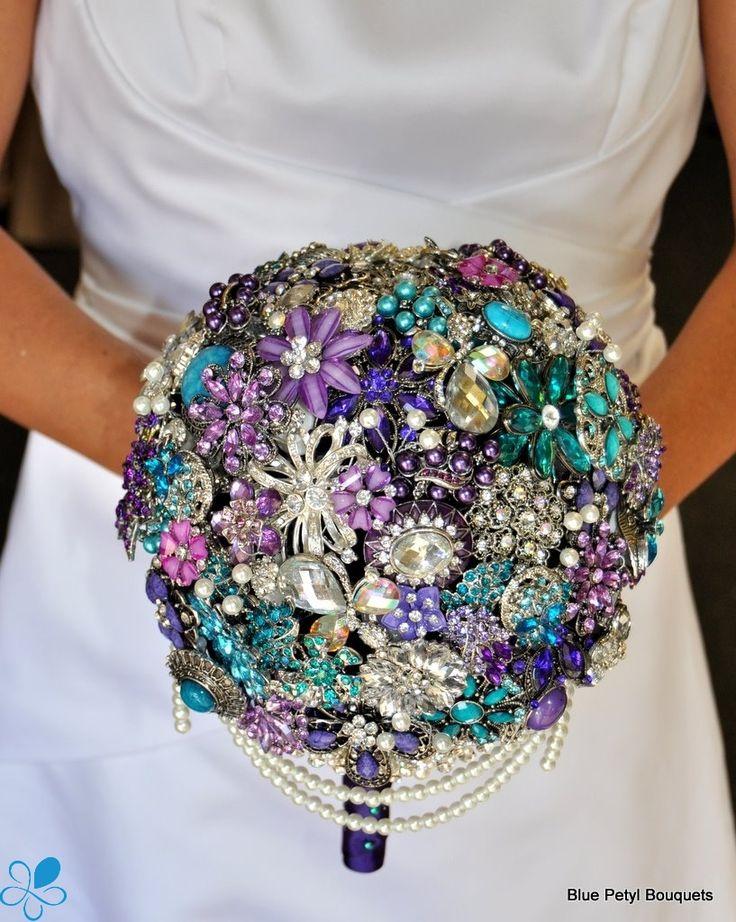 Cascading Brooch Bouquet by Blue Petyl #wedding #bouquet #bridal #broochbouquet