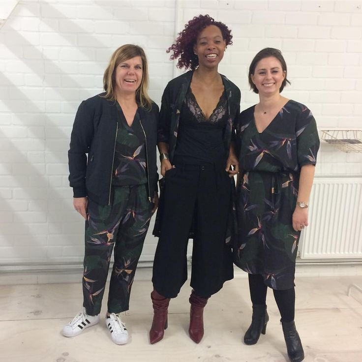 That print... here's some cool Swans showing just how to style the printed styles😍 #danishdesign #weloveourjobs #seeyousoon #letsparty #blackswanfashiondk. Black Swan Fashion SS17. Cool print.