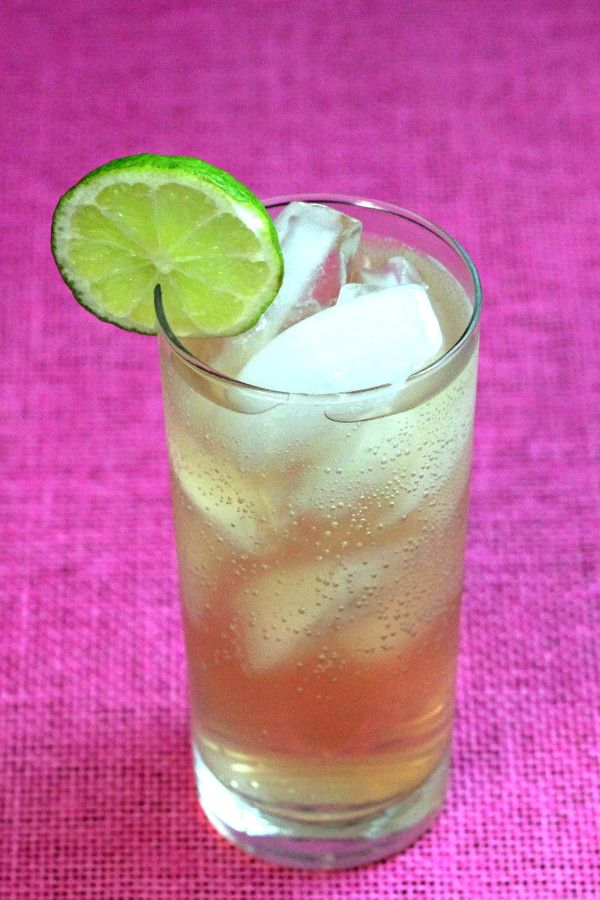 Amaretto Rose drink recipe: amaretto, lime, club soda