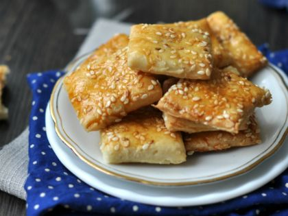 Laktózmentes falatkák - recept http://www.nlcafe.hu/gasztro/20131225/laktozmentes-recept-vendegvaro/