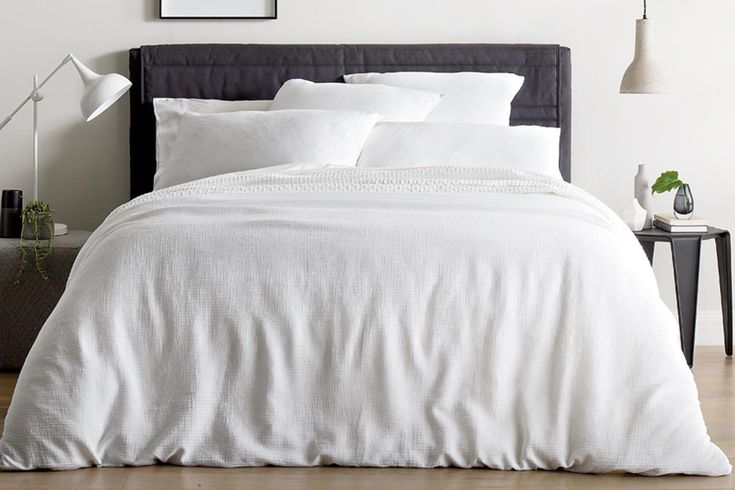 freemont quilt cover Super King Size. Sheridan have Super King size quilts. There is a factory outlet in the IKEA centre in Springwood