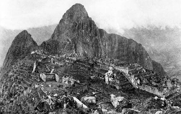 First Picture of Macchu Picchu