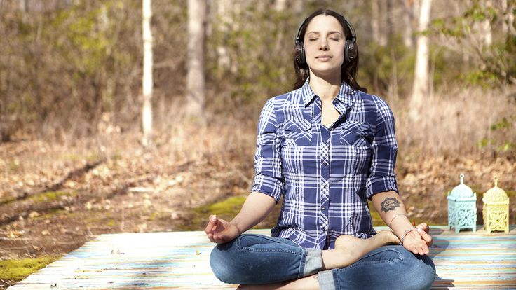 Meditation guide Rebekah Borucki is determined to prove that we all have time to meditate, even if only for a few minutes each day.
