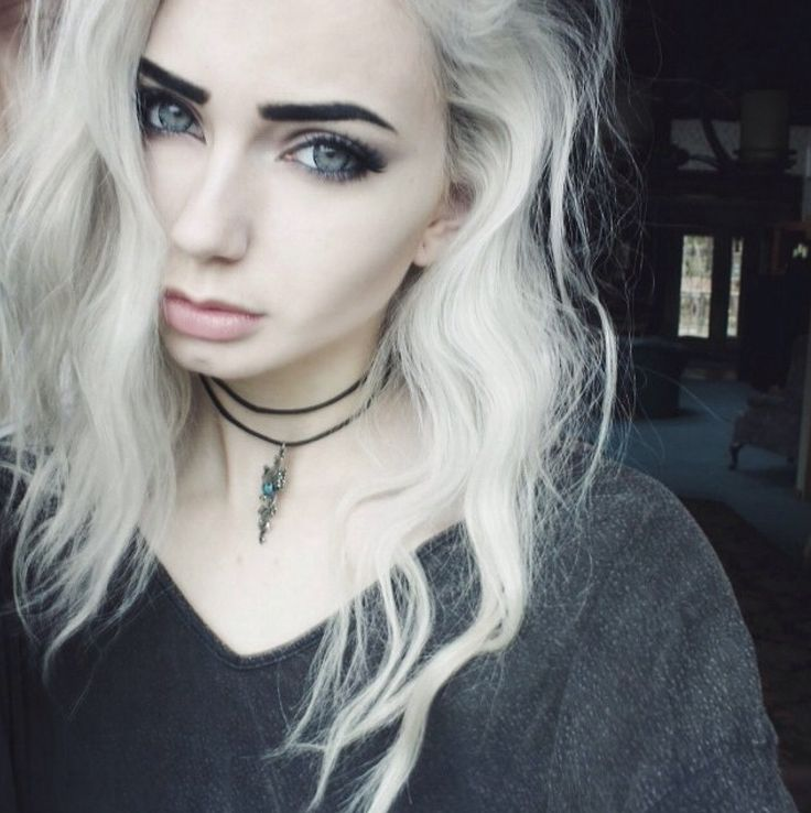 1000 Ideas About White Hair Highlights On Pinterest