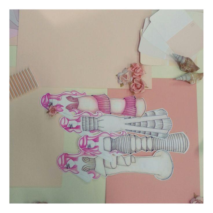 Bocetos novia  plisado  caracola  flores Pantone