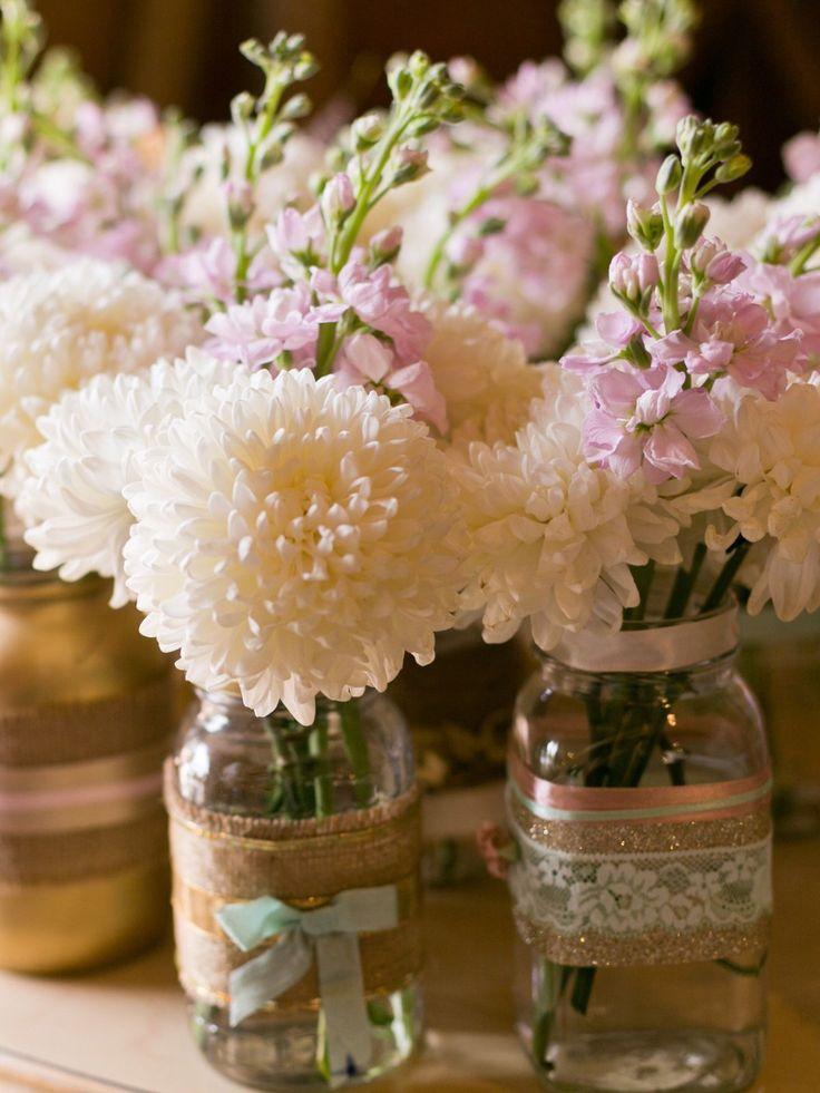 Blumen für die Hochzeit: Tischdeko im Glas