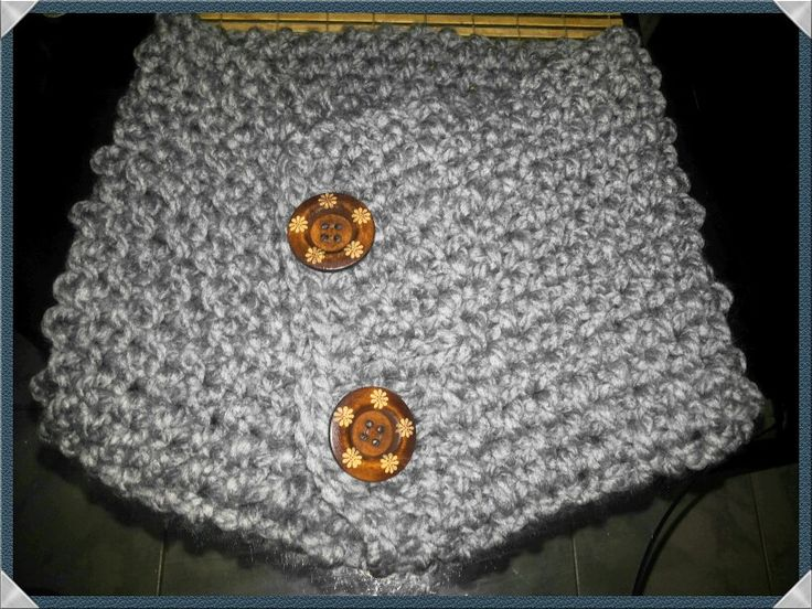 Cuello tejido a dos agujas con botones... abrigado y suave