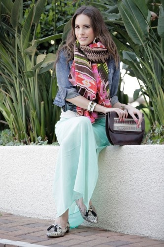 #mint maxi dress with #aztec fringe scarf and #leather hobo bag