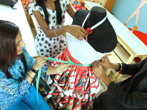Diploma In Fashion Design, Diploma in Fashion Technology http://iiftbangalore.com/Course/diploma-in-fashion-designing-boutique-management/