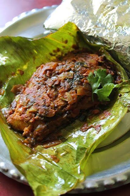 Meen Pollichathu / Karimeen Pollichathu / Fish Cooked in Banana Leaf