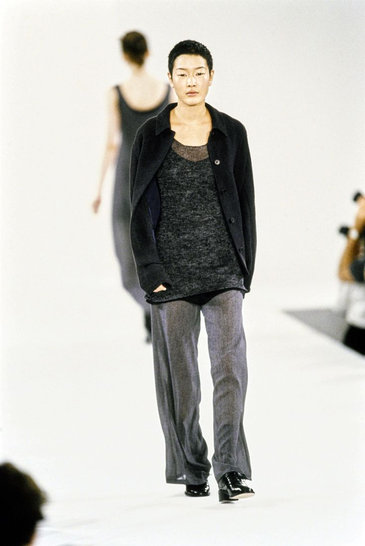 Calvin Klein Collection Spring 1994 Ready-to-Wear Fashion Show - Jenny Shimizu