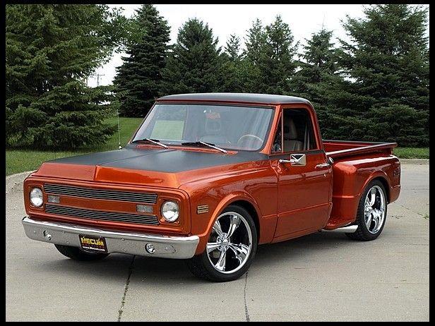 1969 Chevrolet C10 Custom Pick-Up.