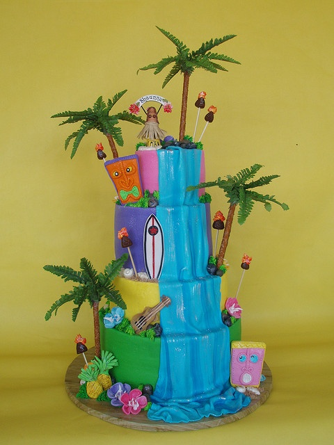 Hawaiian Theme: Luau Birthday Cake