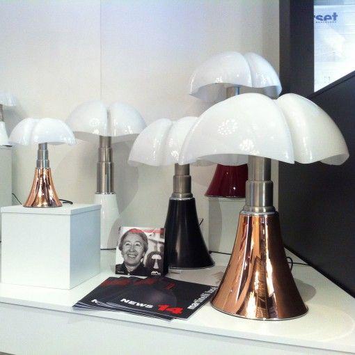 les 41 meilleures images du tableau lampe pipistrello de. Black Bedroom Furniture Sets. Home Design Ideas