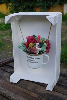 Resultado de imagen de cajas de fruta de madera decoradas