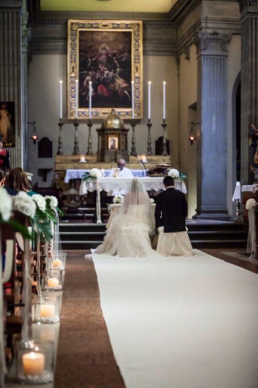 Oltre 1000 idee su composizioni floreali matrimonio su for Ortensie bianche