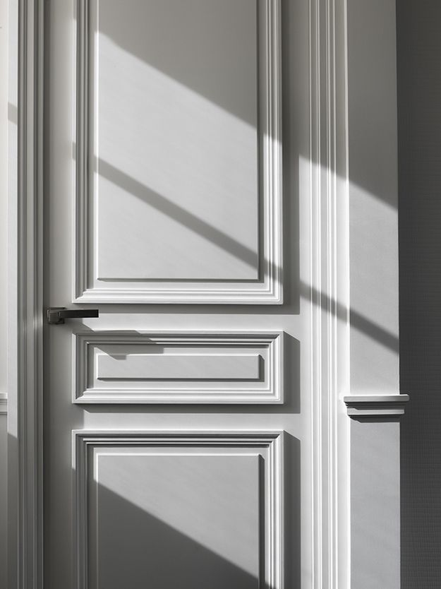 DOORS AND DOORWAYS: A traditional meets contemporary door by Guillaume Alan. Photo by Matthew Donaldson.