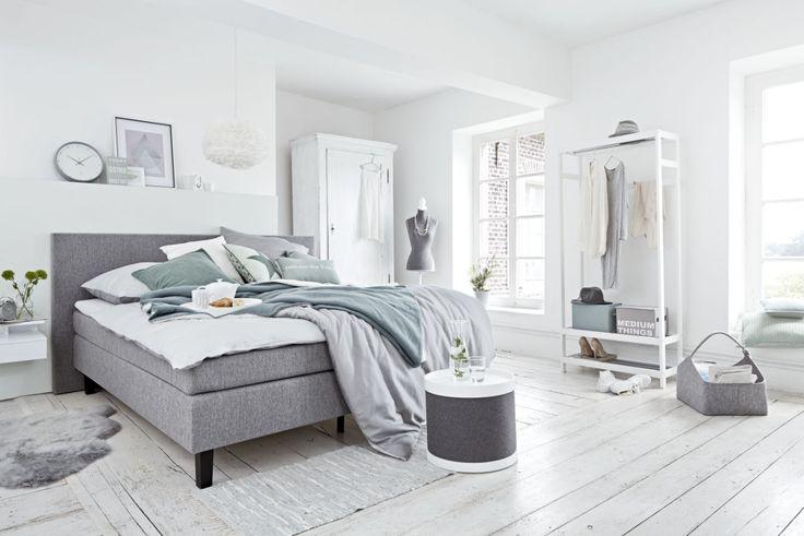 Neue Jahreszeit, neue Möbel…! Naja, bei mir zu Hause im Augenblick nicht, dafür ist momentan viel zu viel im Umschwung. Aber bei der Möbelkollektion, die DEPOT diesen Herbst zeigt, könnte ich…