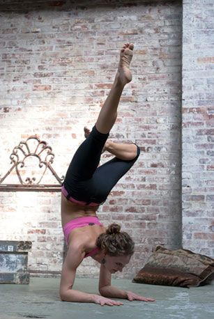 .Fit Body, Exercies Workout, Yoga Poses, Lose Weights, Yoga Inspiration, Loss Plans, Inverted Trees, Weights Loss, Yoga Beautiful