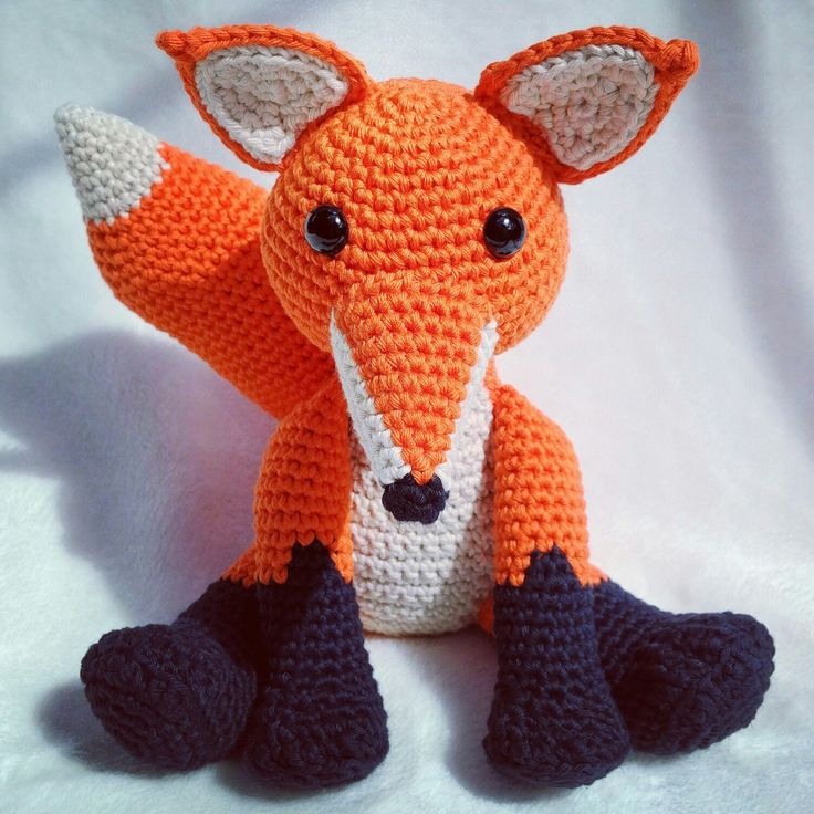 Happy Bank Holiday Weekend! Get 30% off my Fernando the Fox crochet pattern this weekend!  Code: AUGBH30