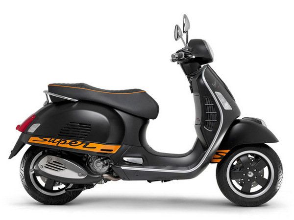 2014 Vespa GTS 300 IE Super Sport SE | motorcycle review @ Top Speed
