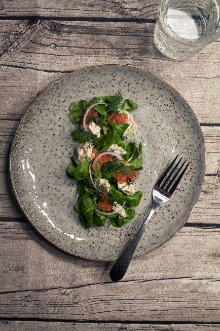 Salat med røget torskerogn og stenbiderrogn // Salat with smoked cod roe and lumpfish roe