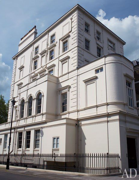 17 best ideas about 19th century london on pinterest london townhouse townhouse exterior and - Commercial exterior painting style ...