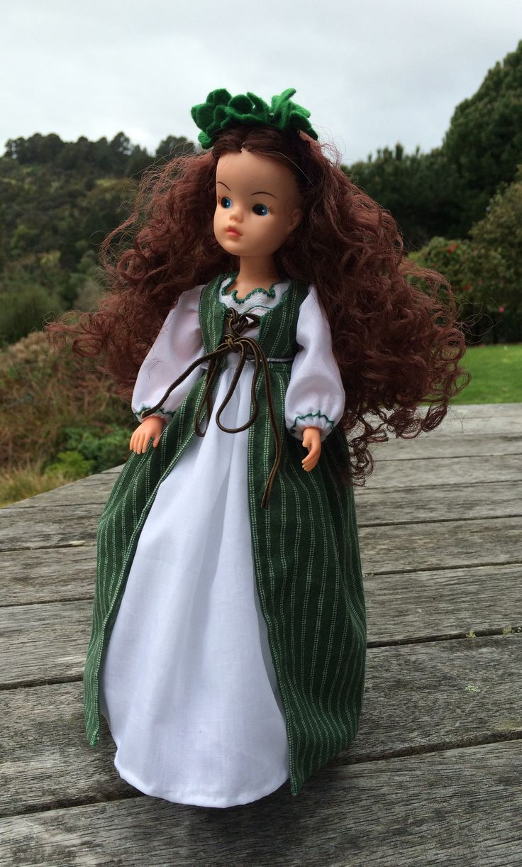 Irish girl themed Sindy, to celebrate my Irish ancestry
