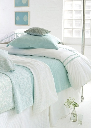 Pinecone Hill Bedding