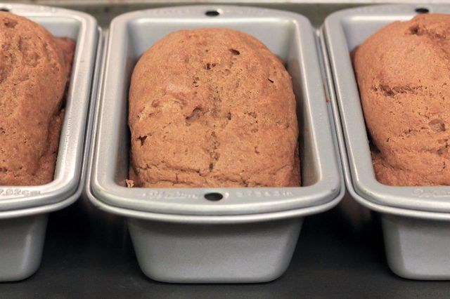 """How to Bake in Mini Loaf Pans - prepare recipe for 9x5 loaf, reduce baking time 25%, leave 1"""" space between loaves while baking.  Cool on wire rack."""