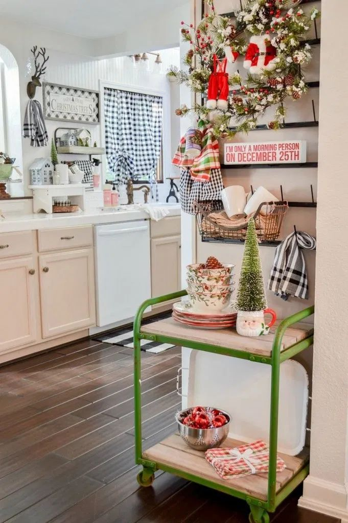 92 Awesome Kitchen Christmas Decor For To Make Cooking
