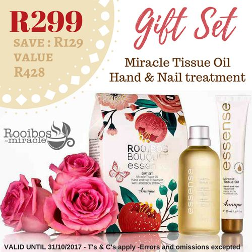 The Miracle Tissue Oil Gift set | Annique ~ makes the perfect Christmas gift for a loved one. It includes the luxurious Miracle Tissue Oil 100ml and a MiracleTissue Oil Hand and NailTreatment packaged beautifully in a floral carton #annique #rooibosmiracle #octoberspecials