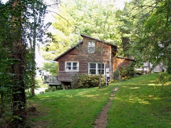 Best 25 north carolina cabin rentals ideas on pinterest for 8 bedroom cabins in north carolina