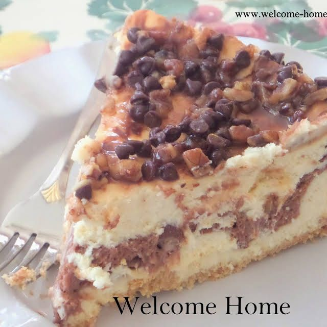 The Ultimate Turtle Cheesecake Recipe Yummly Recipe Cheesecake Recipes Turtle Cheesecake Recipes Turtle Cheesecake