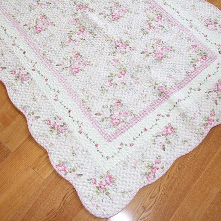 Shabby Chic Rose Crochet Lace Mat Rug
