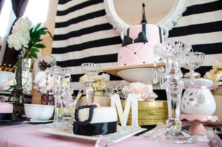 Romántica temática Paris, decoración Cumpleaños Exclusivos, jessica Hidalgo , Yasna Contreras y dulces de Angie Monsalva y fotografía de Camila Aranda.