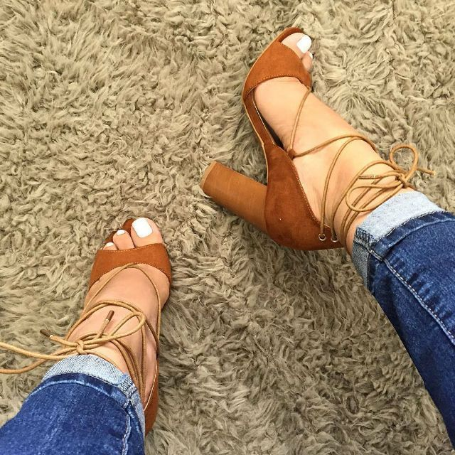 Tendance Chausseurs Femme 2017  Chunky Lace Up Sandal Heels