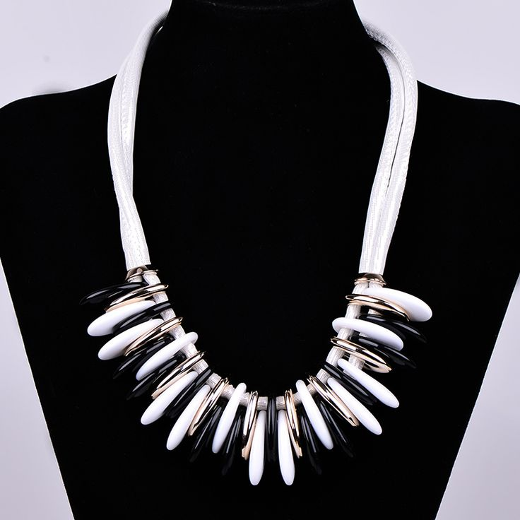 India Wedding chokers necklaces for women long snake chain Trendy Bohemia acrylic jewelry Statement big rope necklace (X0202) #India fashion http://www.ku-ki-shop.com/shop/india-fashion/india-wedding-chokers-necklaces-for-women-long-snake-chain-trendy-bohemia-acrylic-jewelry-statement-big-rope-necklace-x0202/
