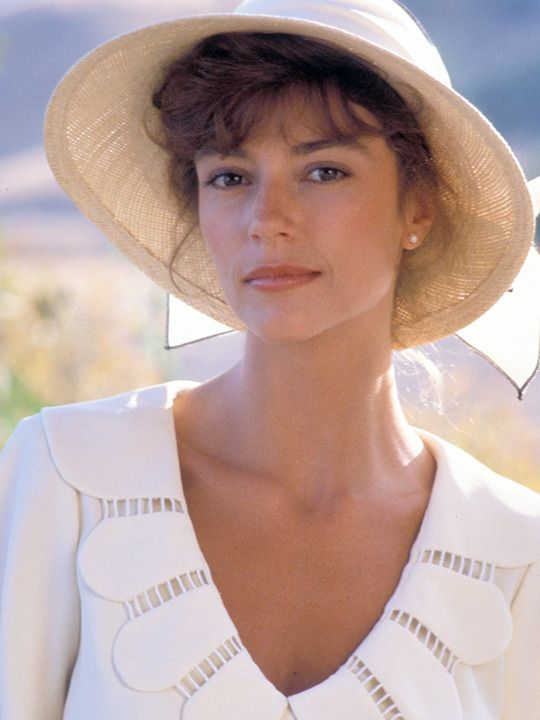 Rachel Ward in 'The Thorn Birds', 1983