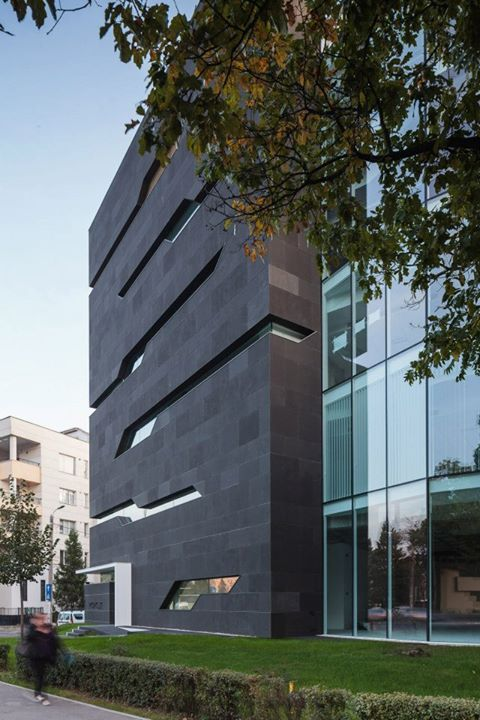 Monolit Office Building