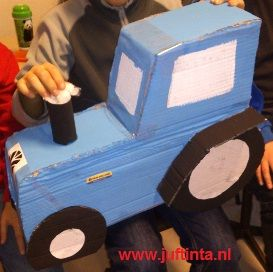 Surprise tractor knutselen